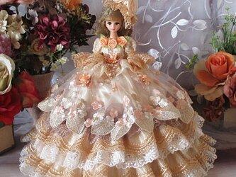夢見るプリンセス 可憐な乙女 スウィートコーラルのボリュームフリルドレスの画像