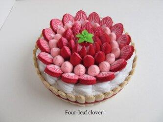 《直径15㎝》いちごとクリームのケーキの画像