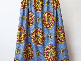 アフリカ布のふんわりギャザースカート ロングスカート / マキシ丈の画像