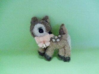 バンビちゃんのブローチの画像