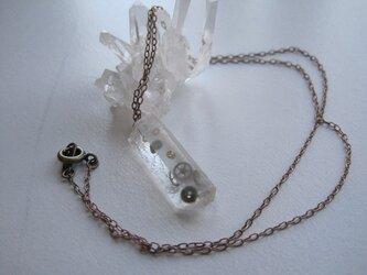 歯車水晶ネックレスの画像