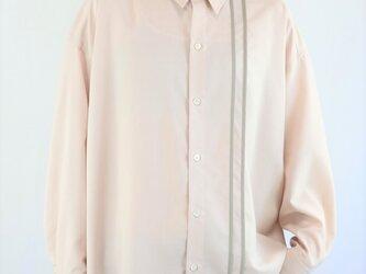 男女兼用 オーバーサイズシャツ ライン入り ピンクの画像