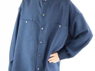 男女兼用 スタンドカラー オーバーサイズシャツ ネイビーの画像