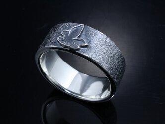 指輪 メンズ : 八咫烏 平打ち リング 燻し仕上げ シルバーリング 神話 12~27号の画像