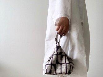 絣×濃紫のミニバッグの画像