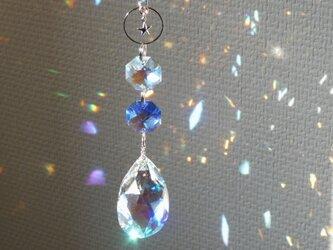 サファイアブルー*スワロフスキーオーロラ雫と小さな星のミニサンキャッチャーの画像