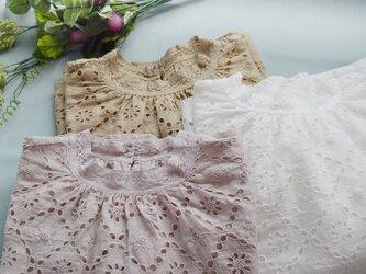 【ピンク】リネン100%スカラップ刺繍+レースでゆったり大人可愛い長袖トップス♪の画像