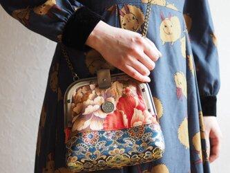 台湾花柄x絹織物2wayコンパクトカシメ止めがま口バッグ(一点作品/送料無料)の画像