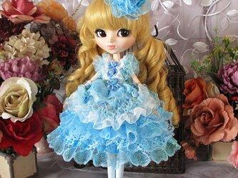 水色のロマンティックシンデレラ キュートなボリュームプリンセスドレスの画像