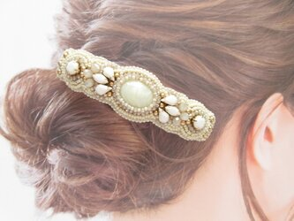 Hair accessory 大きめ バレッタ ビーズ刺繍 (K1042)の画像