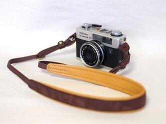 やわらか 革のカメラストラップ(名入れ可)チョコ※受注生産の画像