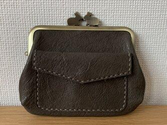 【送料無料】ぱかっと開くとお部屋が3つの親子がまぐち♪外ポッケが付いたうさぎ口金の四角い本革ミニ財布(グレーレザー)の画像