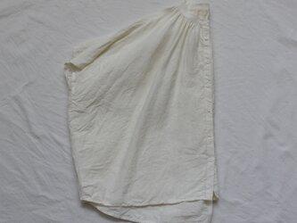 コルトレイクリネンギャザーブラウス*オフホワイトの画像
