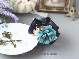 ブルーグリンの薔薇と紫陽花のバンスクリップ 髪飾り ヘアクリップの画像