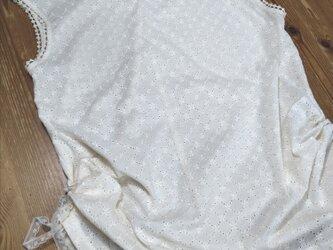 フレンチ袖のトップス ベージュ(綿レース)の画像