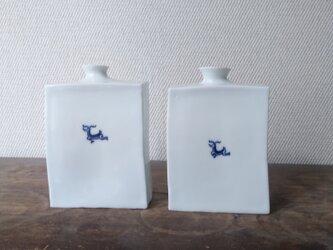 磁器 角瓶の画像