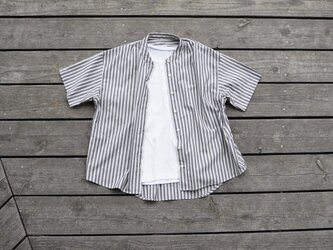 1点のみ 播州織 ストライプ ノーカラーワイドシャツの画像