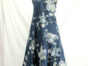 麻 バイアスハギのフレンチワンピース(紺)の画像