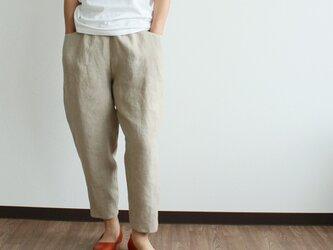 夏におすすめ!薄くてやわらかい、リネンのシンプルパンツ(ベージュ)の画像