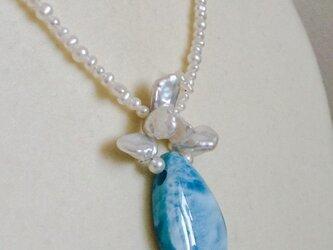 ラリマー&淡水真珠ネックレスの画像