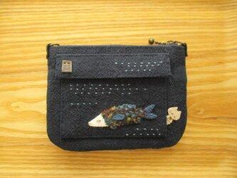 富士山とウサギと魚の財布(ダブルファスナー)の画像