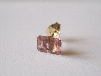ピンクトルマリンのルースピアス 14kgf 片耳の画像