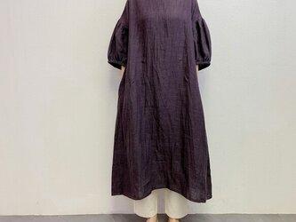 en-enリネン・ふんわりゴム袖ワンピース・濃いめグレーの画像