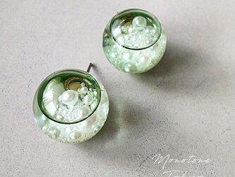 grass water ピアス&イヤリング (グラスグリーン&パール)の画像