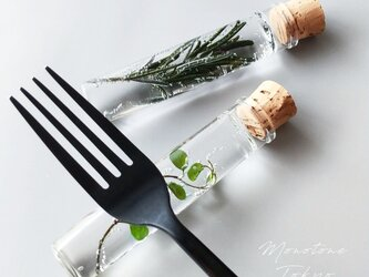 Grass cutlery rest(plants)の画像