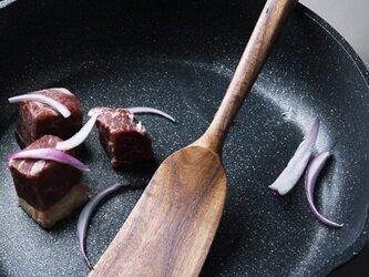 受注生産 職人手作り フライ返し ターナー キッチン 木製雑貨 調理器具 ギフト キッチン 天然木 無垢材 おうち時間 LRの画像