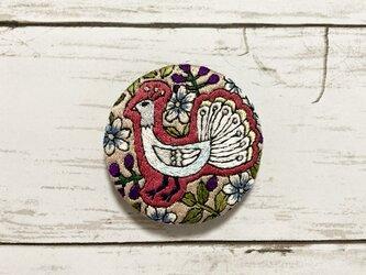 手刺繍オリジナルブローチ*白孔雀の画像