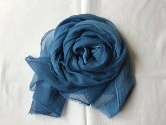 草木染め コットンショール 藍の画像