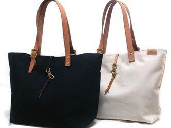 帆布とヌメ革のトートバッグ - Braids toteの画像