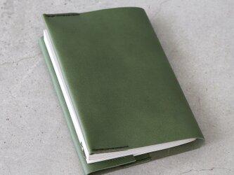レザーブックカバー bunko 松葉 文庫サイズ (KAKURA)の画像