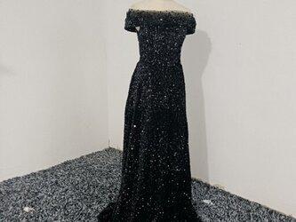 上品! イブニングドレス 黒 オフショルダー スパンコール パーティドレの画像