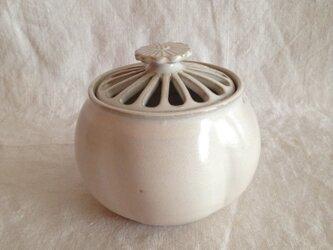 花型香炉A(アンティークホワイト)の画像