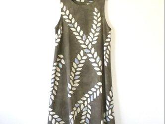 R様ご予約品*アンティーク着物*葉模様絞り着物のワンピース(Lサイズ)の画像