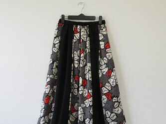 期間限定2000円 OFF SALE*アンティーク着物*花模様絞り着物のパッチスカート(裏地付き)の画像