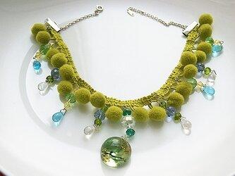 ボンボンブレードネックレス緑の画像