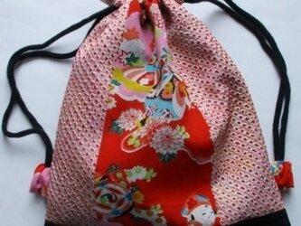 5765 絞りと花柄の着物で作った巾着袋 #送料無料の画像