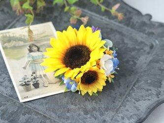二輪の向日葵とチュールリボンのヘアクリップ  ストライプリボン 向日葵 おでかけ 浴衣 ネイビー 髪飾りの画像