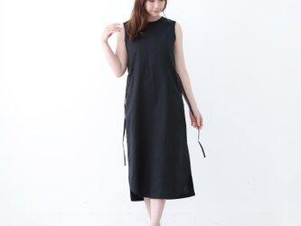 【ネット限定】 リネン & コットン 裾がカーブになった ノースリーブ  ワンピース 半袖  麻 ブラックの画像