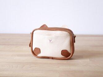 隠の猫ー本革小さなファスナーショルダーバッグ  の画像