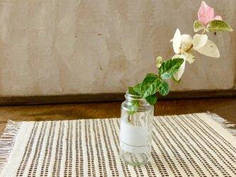 もじり織りよもぎ染めテーブルセンターの画像