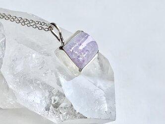 結晶メノウ・ネックレス・薄紫の画像