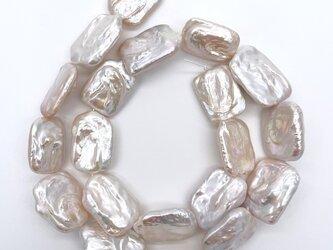 連40cm 超大粒 レクタングル バロックパール 淡水真珠 シルバーホワイト系 長方形 四角 訳ありの画像