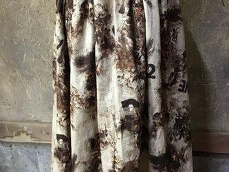 綿レース生地ブラウンギャザースカートの画像