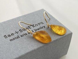 マーマレードオレンジ琥珀原石◇バルト海産◇K14GFピアスの画像