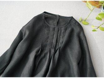 【L】リネン100%裾可愛い花刺繍胸元タック仕様後ろくるみ釦付本開き長袖ブラウス♪の画像