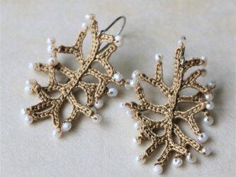 湖水の真珠 絹糸編ピアス  (co-e026) 受注製作の画像